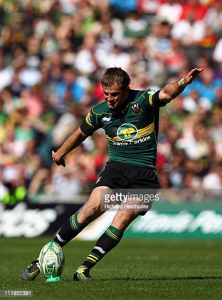 Stephen Myler of Saints kicks a penalty during the Heineken Cup Quarter Final match between Northampton Saints and Ulster at Stadium MK on April 10...