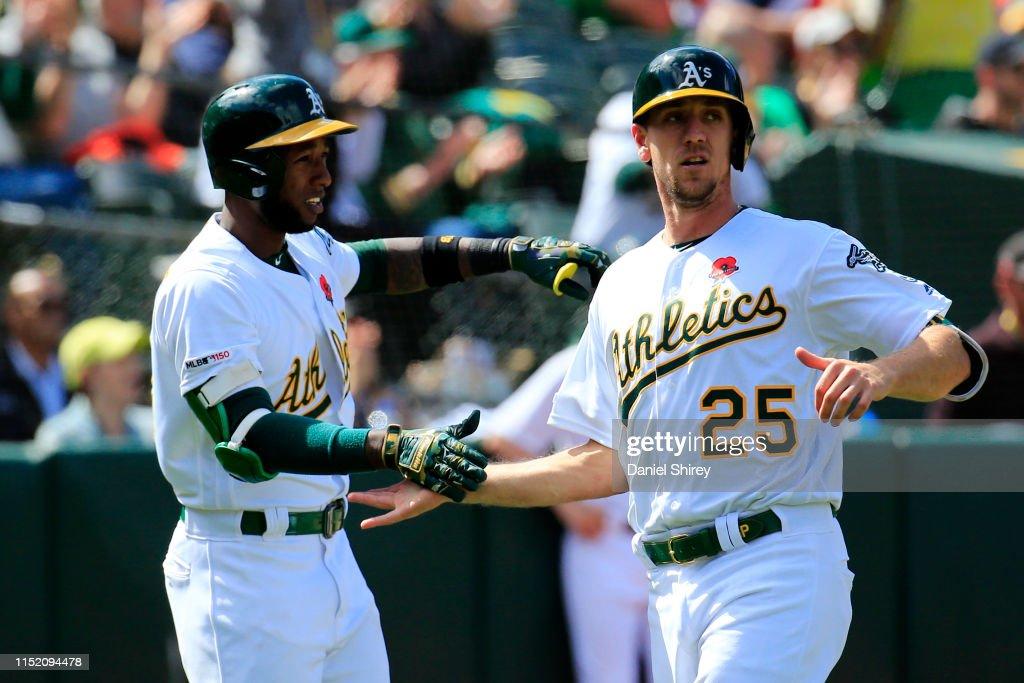 Los Angeles Angels v Oakland Athletics : News Photo