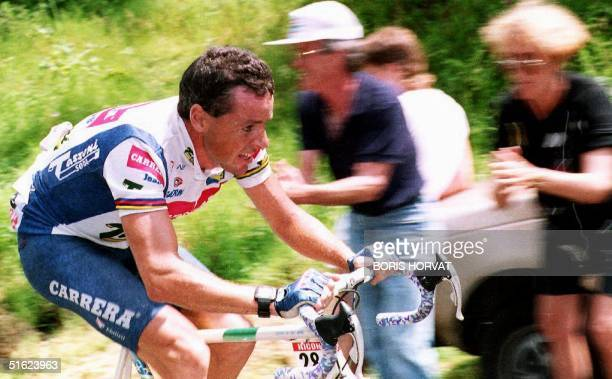 Stephen Roche of Ireland, winner of the Tour de France in 1987, breaks away from the pack during the 16th stage of the 79th Tour de France 21 July,...