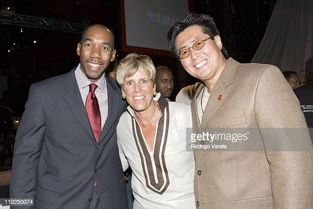 Stephen Starks Director Southeast Business Center Chrysler Financial Suze Orman and guest