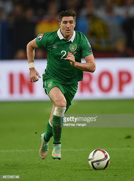 Stephen Ward of Ireland controls the ball during the EURO 2016 Group D qualifying match between Germany and Ireland at Veltins Arena on October 14...