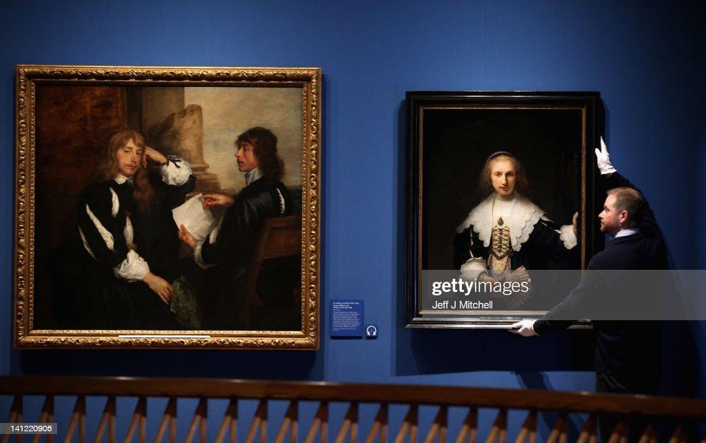 Press View Of The Royal Collection In Queen Elizabeth II's Gallery : Nieuwsfoto's