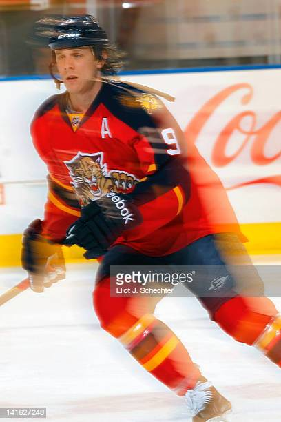 Stephen Weiss of the Florida Panthers skates on the ice prior to the start of the game against the Buffalo Sabres at the BankAtlantic Center on March...