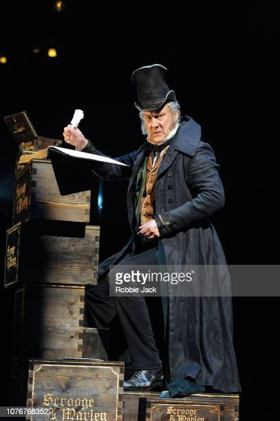 StephenTompkinson as Ebenezer Scrooge in Jack Thorne'u2019s adaptation of Charles Dickens'u2019 A Christmas Carol directed by Matthew Warchus at The...