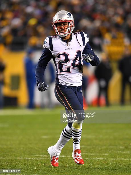Stephon Gilmore of the New England Patriots in action during the game against the Pittsburgh Steelers at Heinz Field on December 16 2018 in...