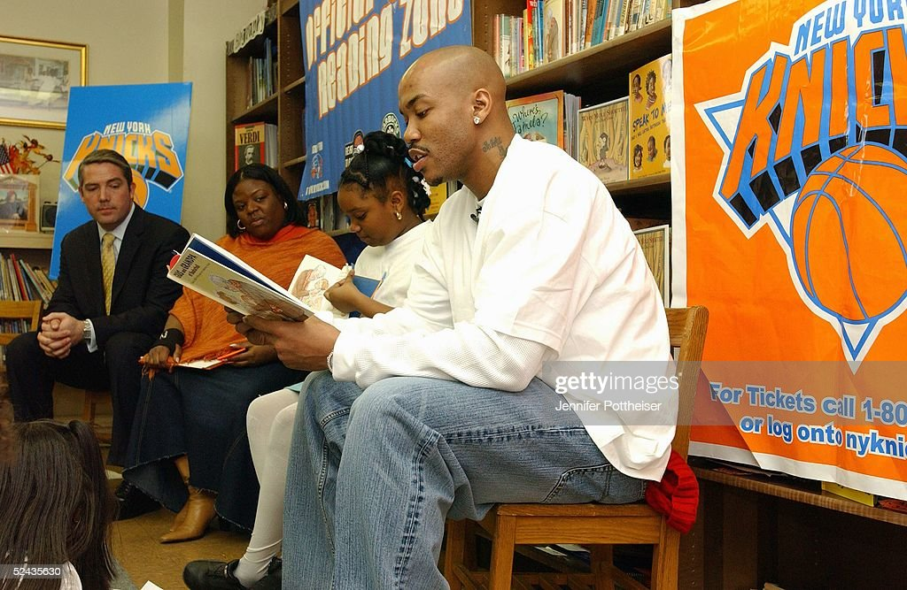 Stephon Marbury Takes Part In Read to Acheive : News Photo