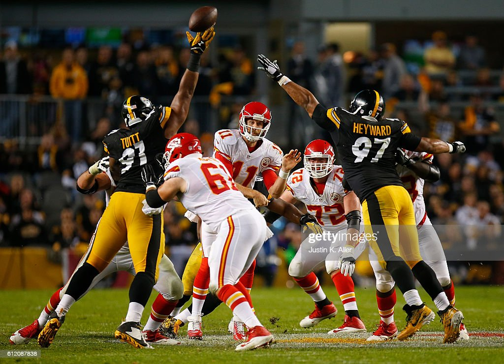Stephon Tuitt #91 of the Pittsburgh Steelers gets his hand on a pass thrown by Alex Smith #11 of the Kansas City Chiefs in the first half during the game at Heinz Field on October 2, 2016 in Pittsburgh, Pennsylvania.