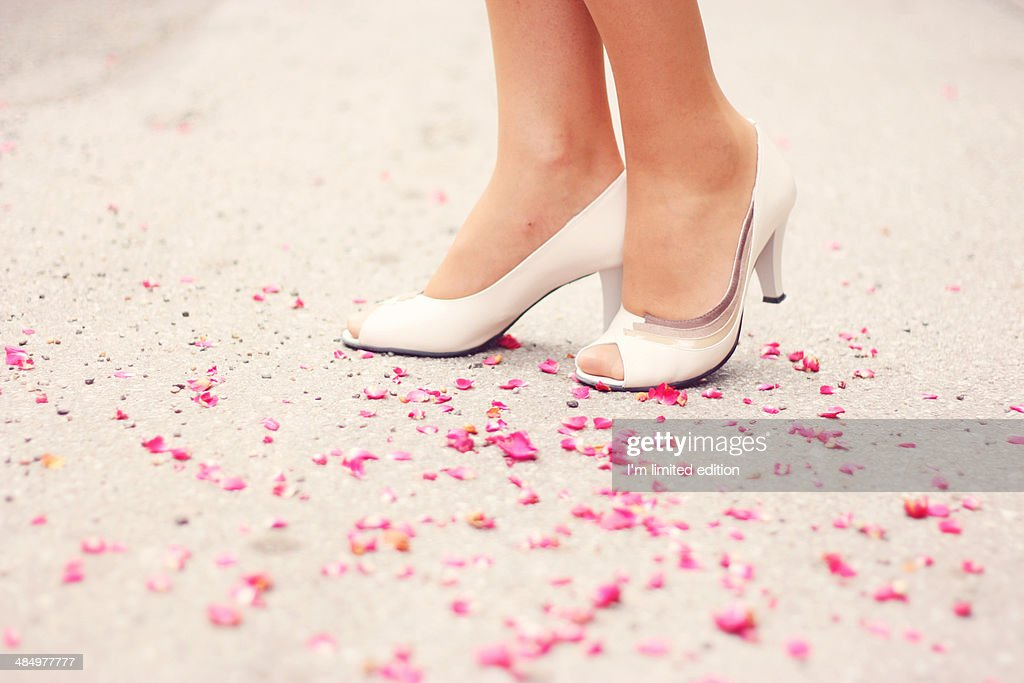 Stepping on rose petals : Photo
