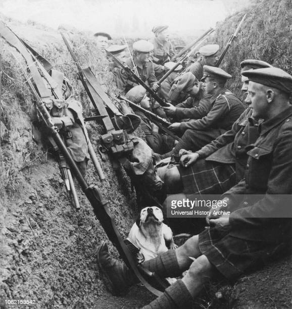 Stereoview WW1, The Great War Realistic Travels Military photographs circa 1918A bosche sniper worries a section of Seaforths who are snatching a...