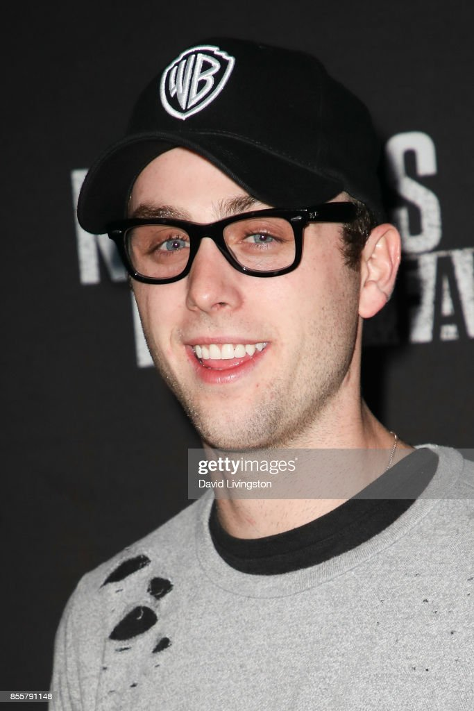 Sterling Beaumon attends the Knott's Scary Farm and Instagram's Celebrity Night at Knott's Berry Farm on September 29, 2017 in Buena Park, California.