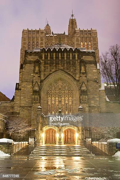 Sterling Memorial Library Yale University December 31 2009
