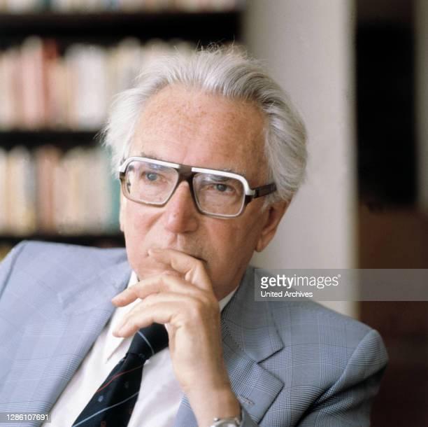 österreichischer Neurologe und Psychiater. Begründer der Logotherapie bzw. Existenzanalyse . Porträt ca. Aus den 1990er Jahren. / PROFESSOR VICTOR E....