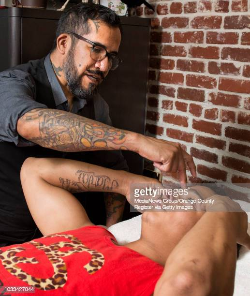 Stev owner of Villain Manscape in Placentia left discusses with Michael what he would like done to his eyebrows INFORMATION FrumpyManscaping0413 Ð...