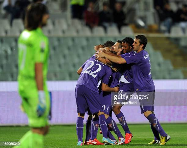Stevan Jovetic of Fiorentina celebrates after scoring the goal 04 during the Serie A match between Pescara and ACF Fiorentina at Adriatico Stadium on...