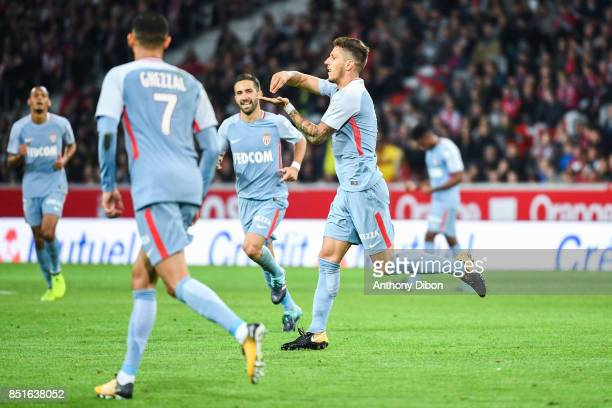 Stevan Jovetic of Monaco celebrates his goal during the Ligue 1 match between Lille OSC and AS Monaco at Stade Pierre Mauroy on September 22 2017 in...