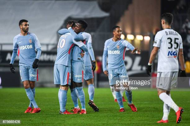 Stevan Jovetic of Monaco celebrates his goal with his team mates during the Ligue 1 match between Amiens SC and AS Monaco at Stade de la Licorne on...