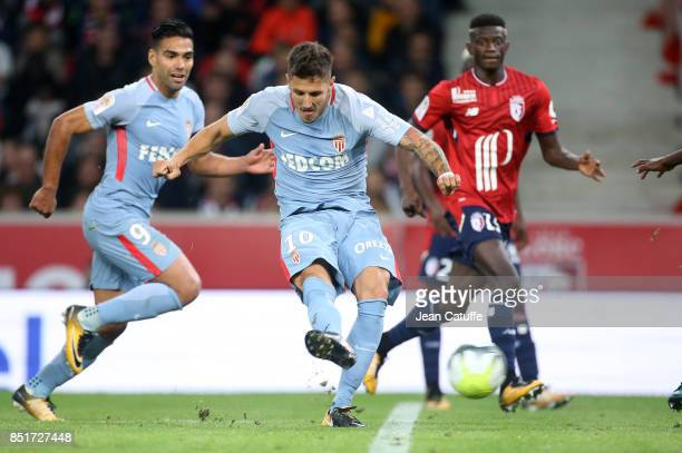 Stevan Jovetic of Monaco scores the first goal during the French Ligue 1 match between Lille OSC and AS Monaco at Stade Pierre Mauroy on September 22...