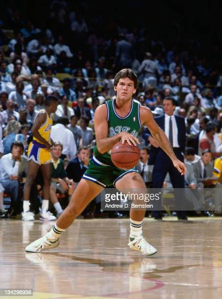 Steve Alford of the Dallas Mavericks dribbles against the Los Angeles Lakers circa 1987 at the Great Western Forum in Inglewood California NOTE TO...