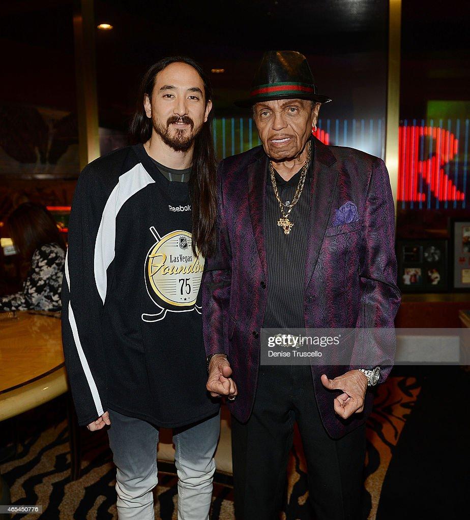Steve Aoki and Joe Jackson during produce/DJ Steve Aoki's Brenden 'Celebrity' Star presentation at Palms Casino Resort on March 6, 2015 in Las Vegas, Nevada.