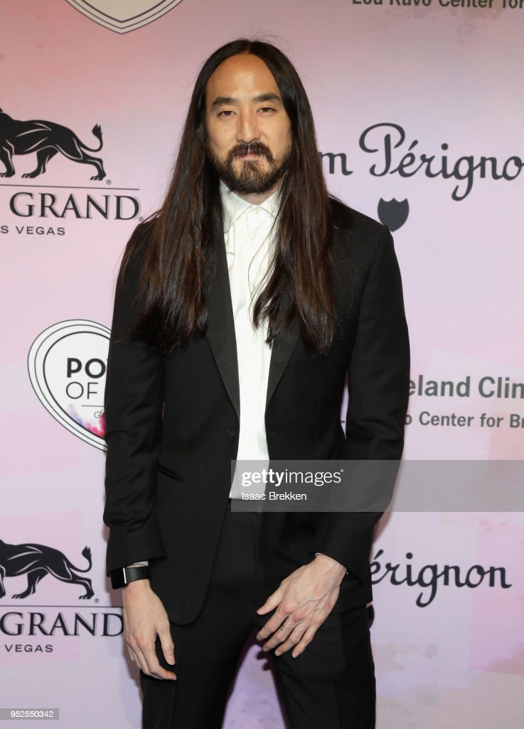 22nd Annual Keep Memory Alive Power of Love Gala - Red Carpet