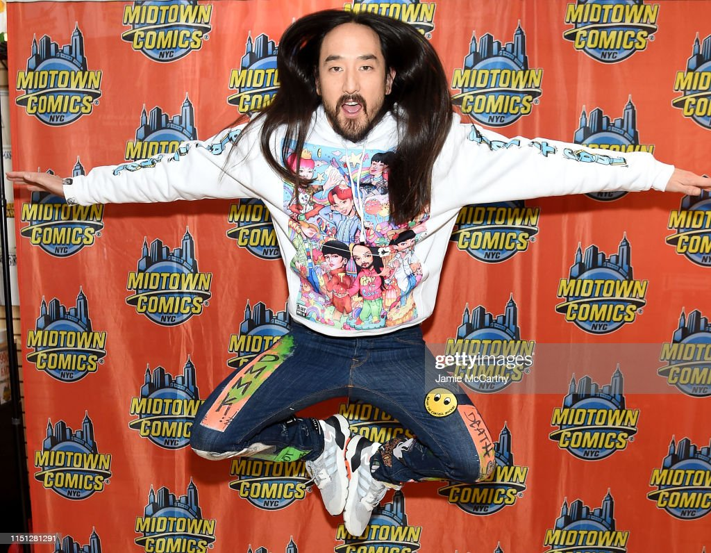 "NY: Steve Aoki Celebrates Launch Of ""Neon Future"" Comic Book Series"