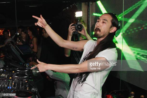 Steve Aoki performs at LAVO on October 18, 2012 in New York City.