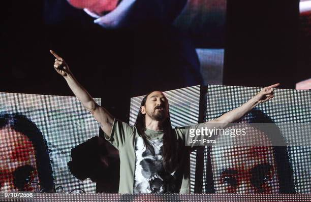 Steve Aoki performs at Mix Live Presented by Uforia at American Airlines Arena on June 9 2018 in Miami Florida