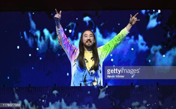 Steve Aoki performs onstage during the 2019 iHeartRadio Music Festival at T-Mobile Arena on September 20, 2019 in Las Vegas, Nevada.