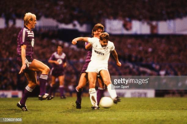 Steve ARCHIBALD of Tottenham during the UEFA Final Cup second leg match between Tottenham and Anderlecht at White Hart Lane London England United...