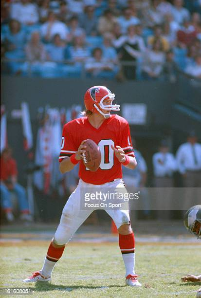 Steve Bartkowski of the Atlanta Falcons drops back to pass against the Philadelphia Eagles during an NFL football game October 3 1976 at...