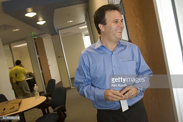 CEO Steve Berkowitz laughs as he walks the hallway as Ask Jeeves moves into their new corporate headquarters in downtown Oakland Calif Ask Jeeves has...