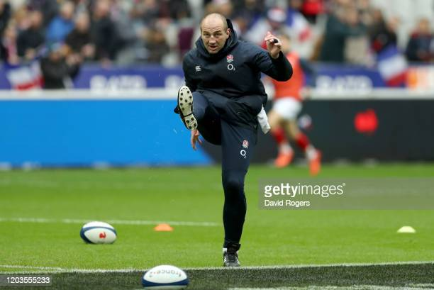 Steve Borthwick Skills Coach of England looks on during the warm ups prior to the 2020 Guinness Six Nations match between France and England at Stade...