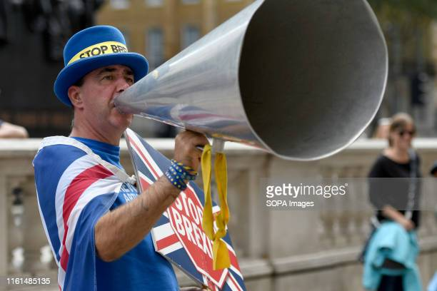 Steve Bray chants slogans outside the Cabinet Office in London during the anti brexit protest Protesters gathered outside the Cabinet Office to...
