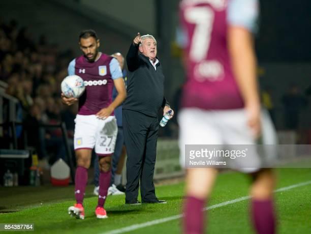 Steve Bruce manager of Aston Villa during the Sky Bet Championship match between Burton Albion and Aston Villa at the Pirelli Stadium on September 26...