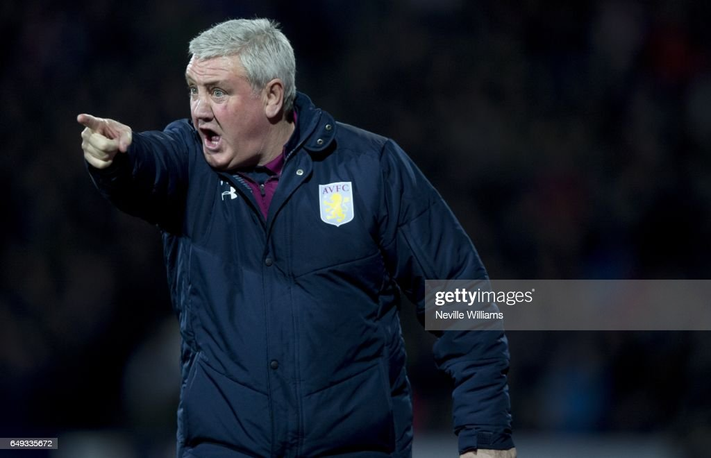 Steve Bruce manager of Aston Villa gestures during the Sky Bet Championship match between Huddersfield Town and Aston Villa at the John Smith's Stadium on March 07, 2017 in Huddersfield, England.