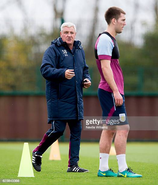 Steve Bruce manager of Aston Villa in action during a Aston Villa training session at the club's training ground at Bodymoor Heath on November 17...