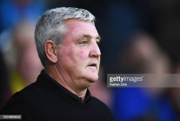 Steve Bruce manager of Aston Villa looks on during the Carabao Cup Second Round match between Burton Albion and Aston Villa at Pirelli Stadium on...