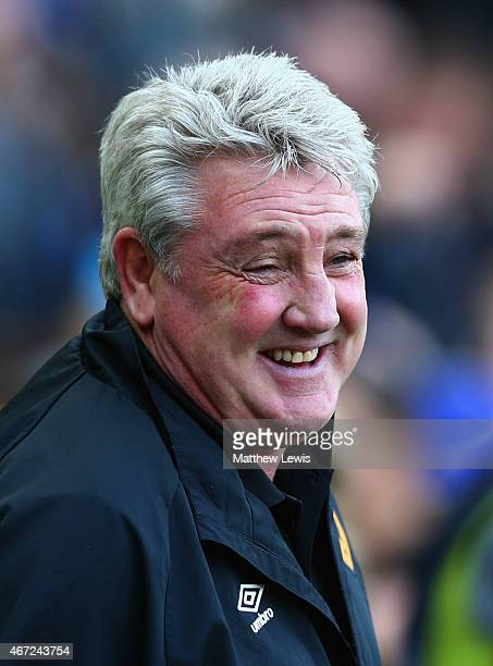 Steve Bruce manager of Hull City laughs prior to the Barclays Premier League match between Hull City and Chelsea at KC Stadium on March 22, 2015 in...