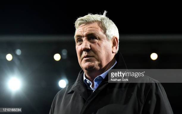 Steve Bruce, Manager of Newcastle United on the pitch prior to the FA Cup Fifth Round match between West Bromwich Albion and Newcastle United at The...