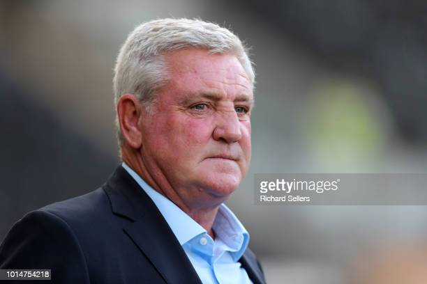 Steve Bruce the Aston Villa manage before the Sky Bet Championship match between Hull City and Aston Villa at the KCOM Stadium on August 6, 2018 in...