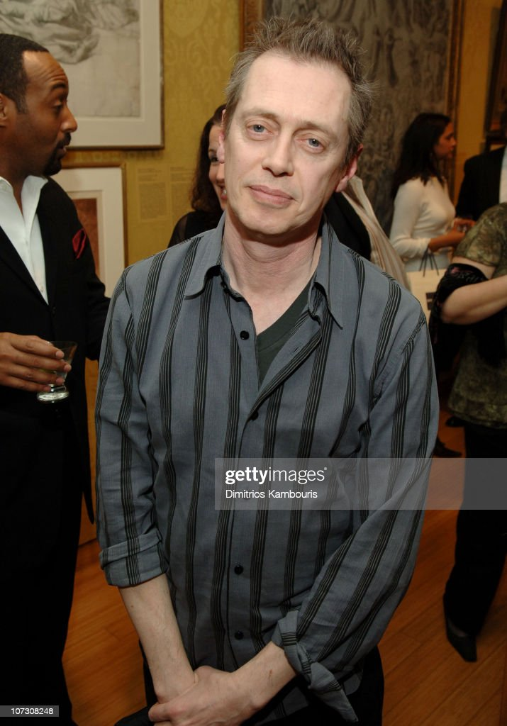 First Readings: A Benefit For Studio Dante Presented by Architectural Digest - March 20, 2006 : News Photo