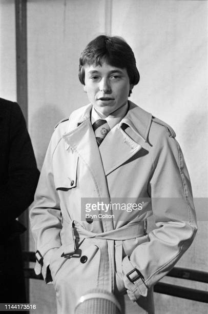 Steve Cauthen an American jockey aged 18 is interviewed by the media during his first horse race in the United Kingdom at Salisbury Racecourse in...
