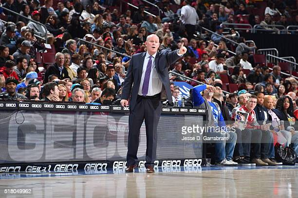 Steve Clifford Coach of the Charlotte Hornets gives direction to his team against the Philadelphia 76ers at Wells Fargo Center on March 29 2016 in...