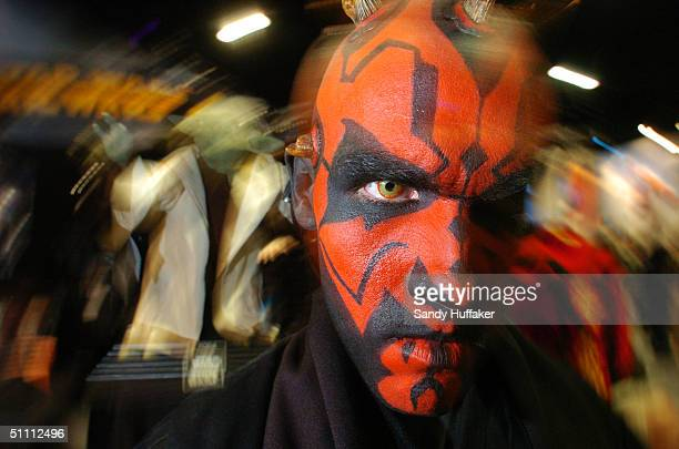 Steve Colston shows his Star Wars costume 'Darth Maul' during the ComicCon Convention July 24 2004 in San Diego California ComicCon is the world's...