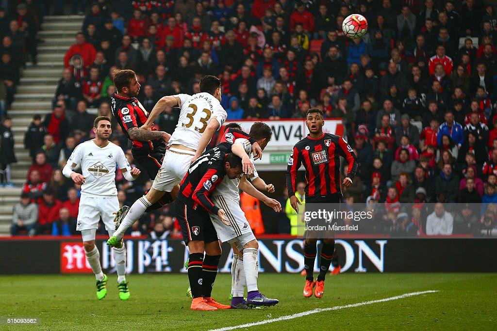 A.F.C. Bournemouth v Swansea City - Premier League : Nachrichtenfoto
