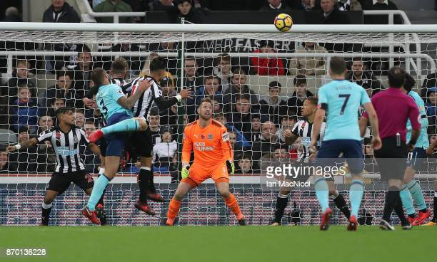 Steve Cook of Bournemouth scores during the Premier League match between Newcastle United and AFC Bournemouth at St James Park on November 4 2017 in...