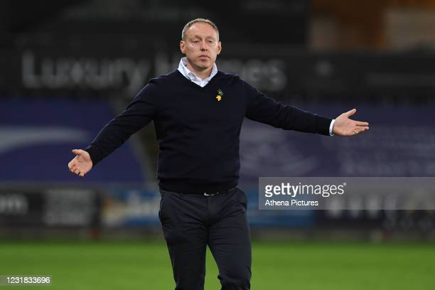 Steve Cooper Head Coach of Swansea City shouts instructions to his team from the dug-out during the Sky Bet Championship match between Swansea City...