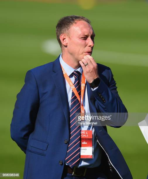 Steve Cooper Manager of England during the UEFA European Under17 Championship Between Norway and England at Pirelli Stadium on May 13 2018 in...
