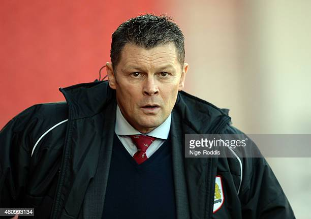 Steve Cotterill manager of Bristol City during the FA Cup Third Round match between Doncaster Rovers and Bristol City at Keepmoat Stadium on January...