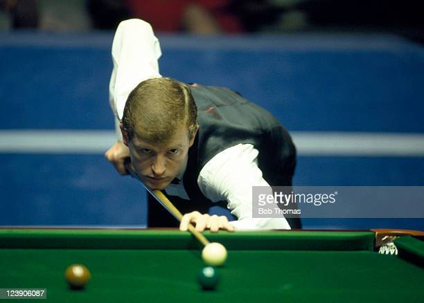 Steve Davis of England playing in the World Snooker Championship at the Crucible in Sheffield circa April 1987